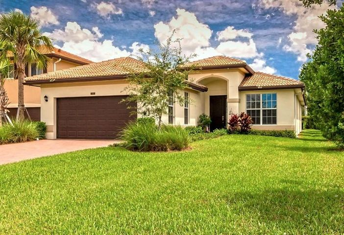 7106 Prudencia Drive, Lake Worth, FL 33463
