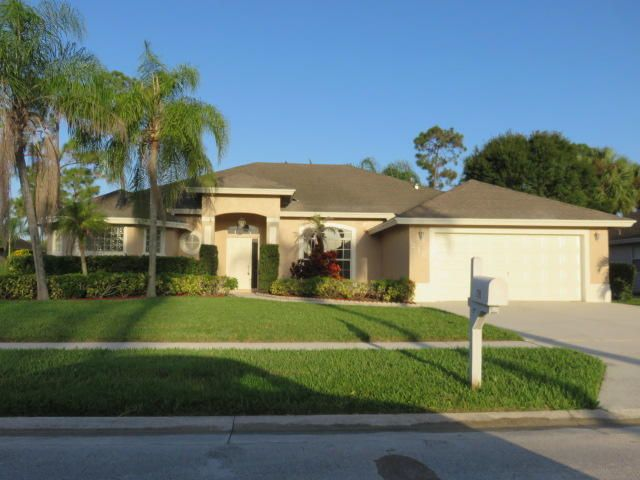 218 Monterey Way, Royal Palm Beach, FL 33411