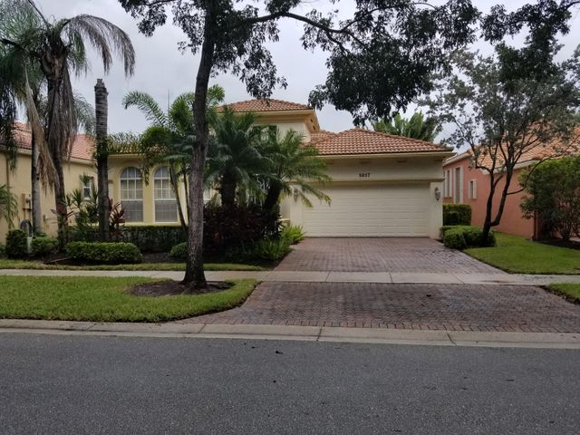 9857 Via Grande W, Wellington, FL 33411