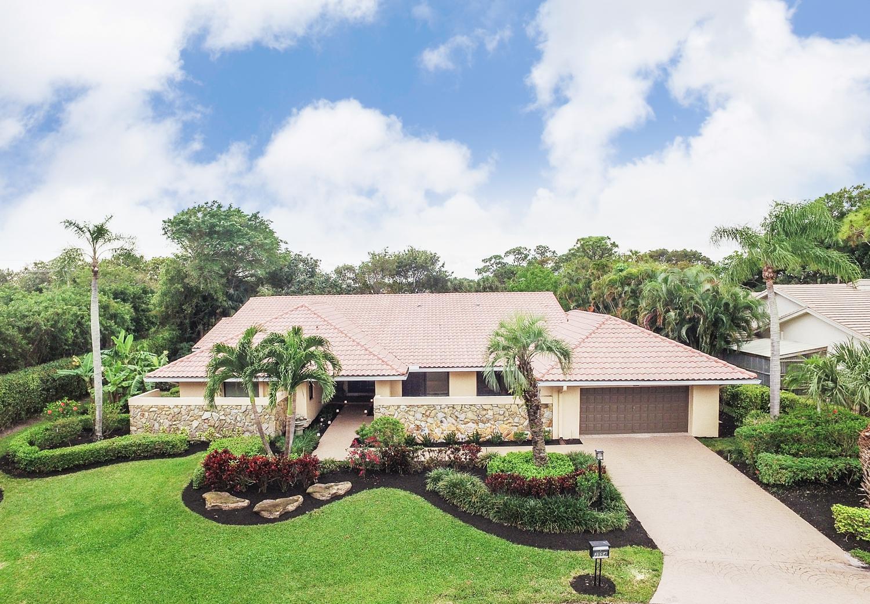 3554 Pine Lake Court, Delray Beach, FL 33445