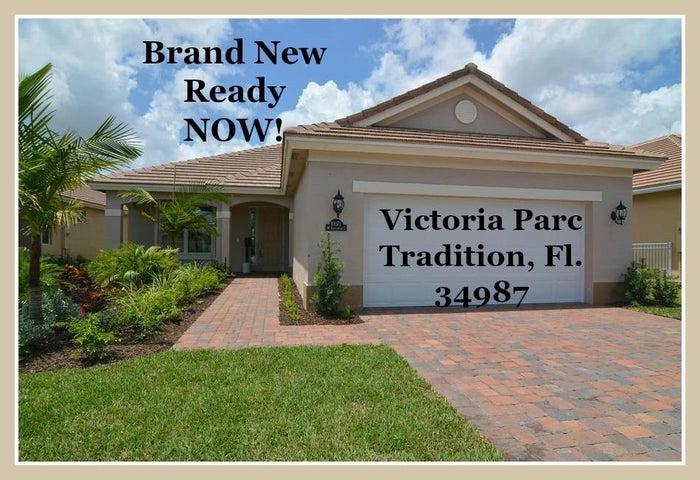 10071 SW Roehampton Court, Port Saint Lucie, FL 34987