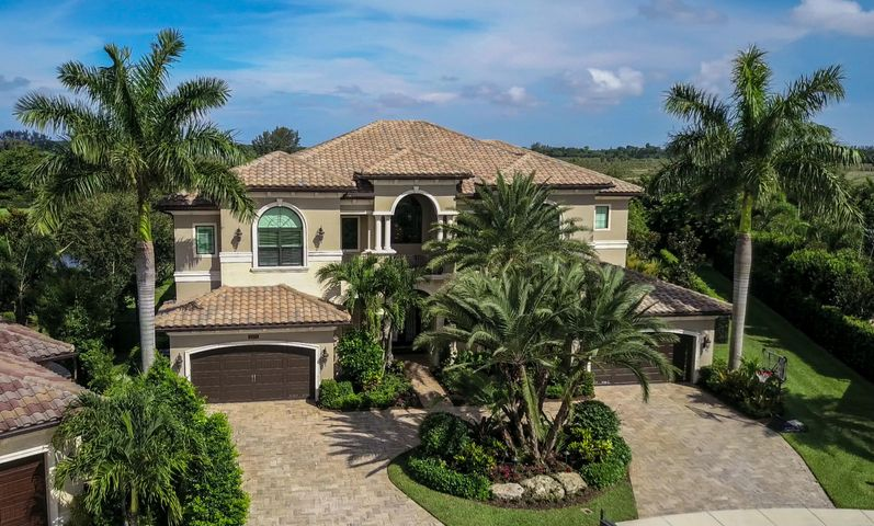 16876 Crown Bridge Drive, Delray Beach, FL 33446