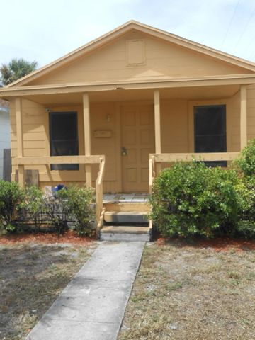 531 N H Street N, Lake Worth, FL 33460