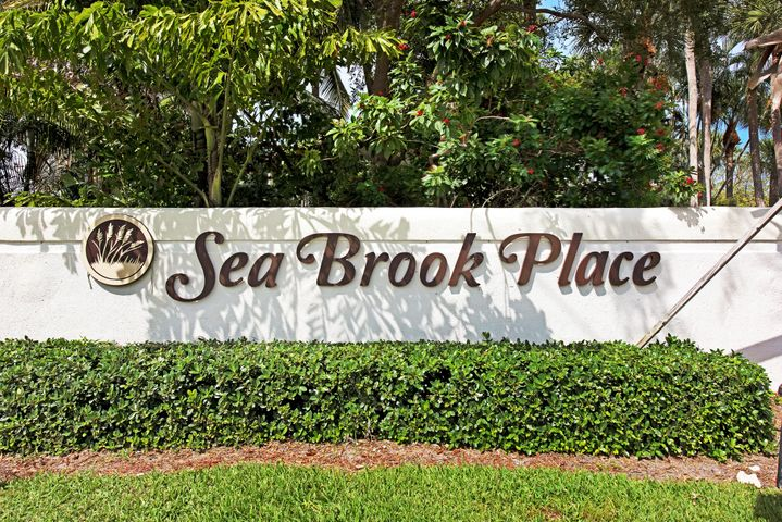 120 Seabreeze Circle, Jupiter, FL 33477