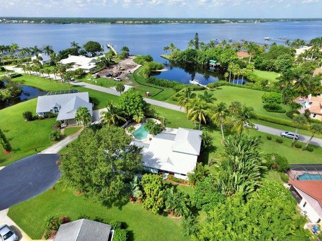2557 NW Wide River Cove, Stuart, FL 34994