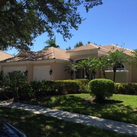 1664 Flagler Manor Circle, West Palm Beach, FL 33411