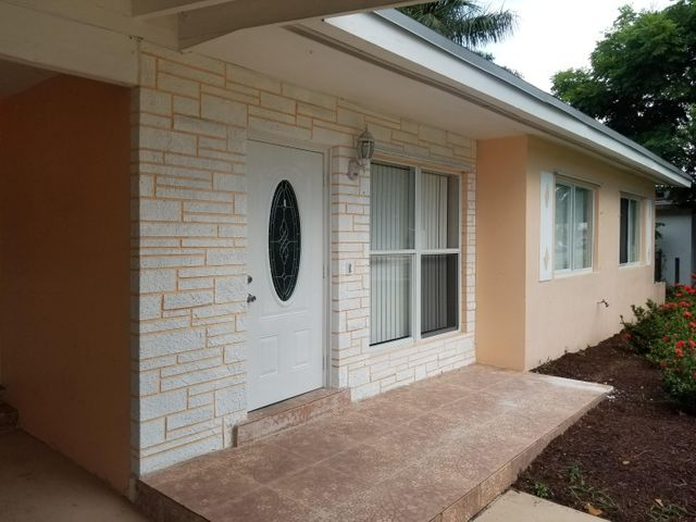1436 Lakeview Drive, Lake Worth, FL 33461