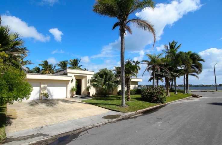 101 Santa Lucia Drive, West Palm Beach, FL 33405