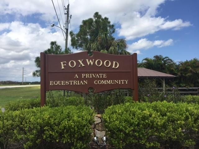 10902 SW Hawkview Circle, Stuart, FL 34997