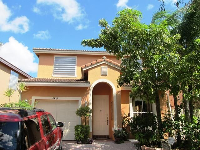 4450 Lake Lucerne Circle, West Palm Beach, FL 33409