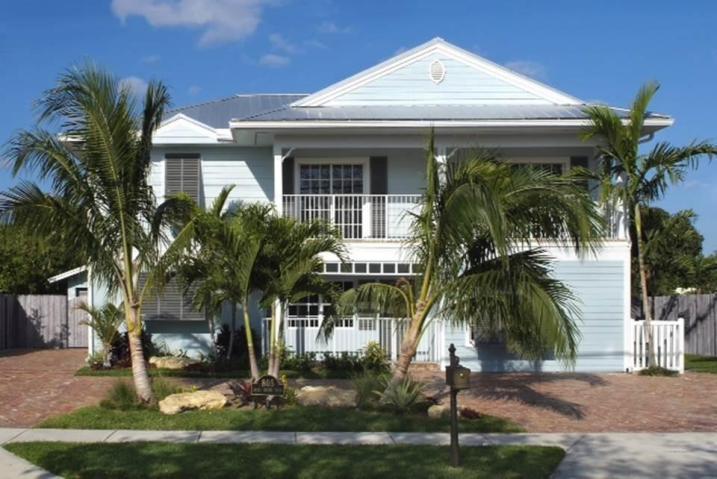 805 NW 2nd Avenue, Boca Raton, FL 33432