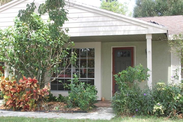 8399 Red Wagon Lane, Boca Raton, FL 33433