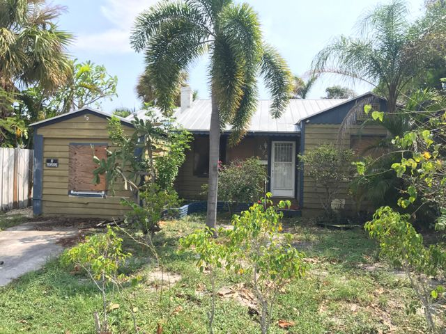 428 N Palmway, Lake Worth, FL 33460