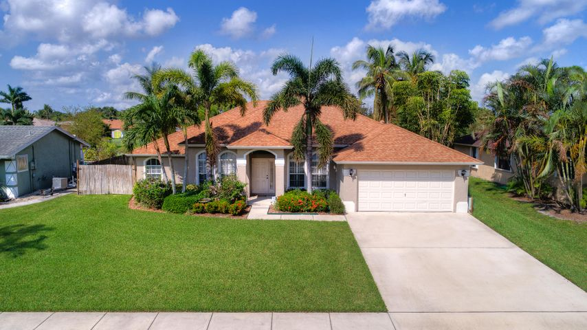 150 Granada Street, Royal Palm Beach, FL 33411