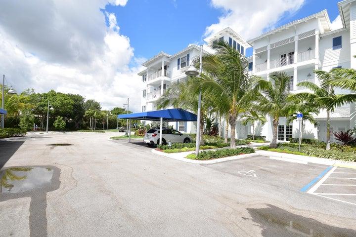 913 Bay Colony Drive S, 913, Juno Beach, FL 33408