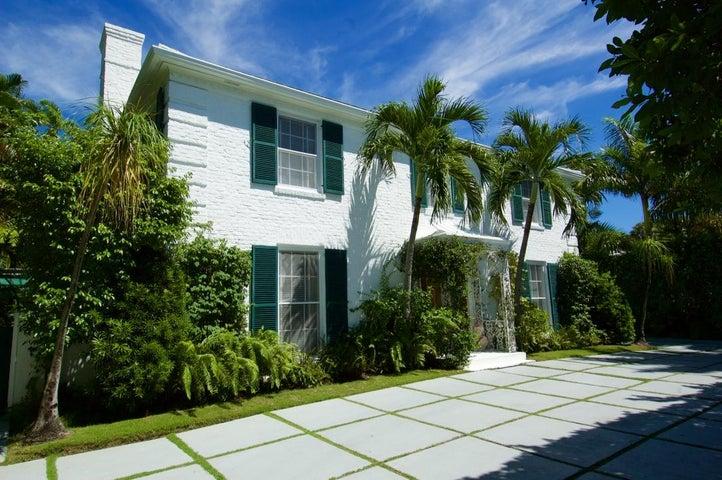 207 Pendleton Avenue, Palm Beach, FL 33480