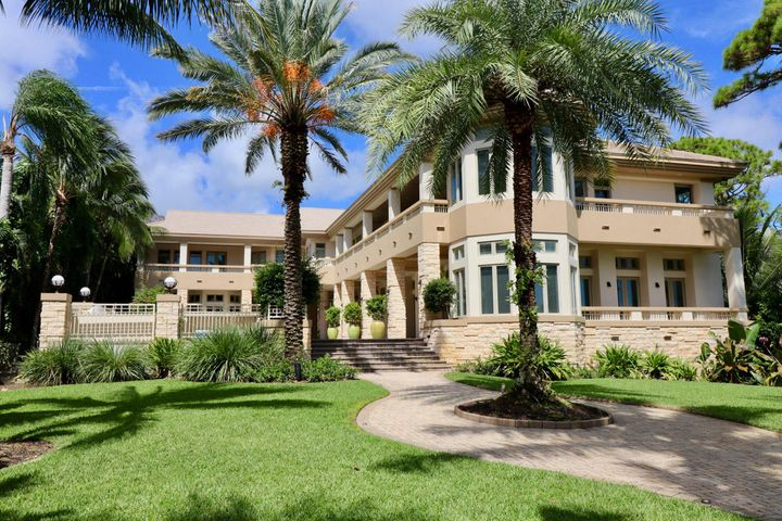 14958 Palmwood Road, Palm Beach Gardens, FL 33410