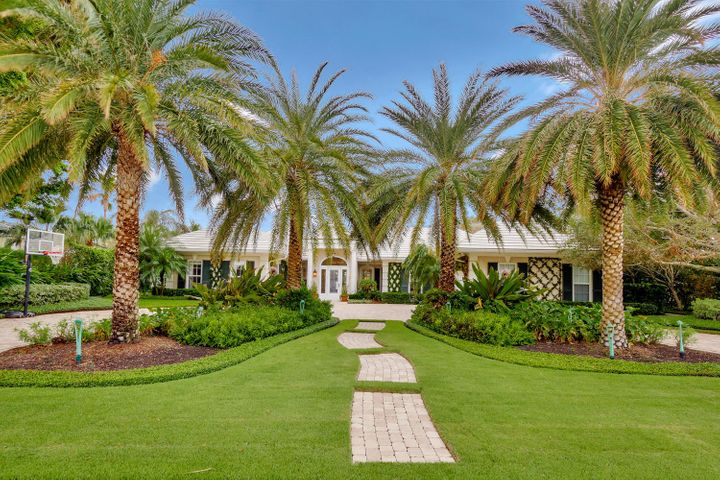 1083 Lake House Drive, North Palm Beach, FL 33408