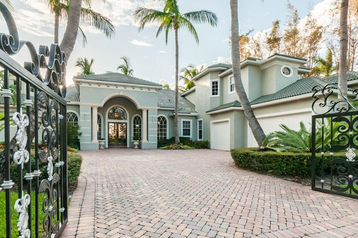 213 Grand Pointe Drive, Palm Beach Gardens, FL 33418