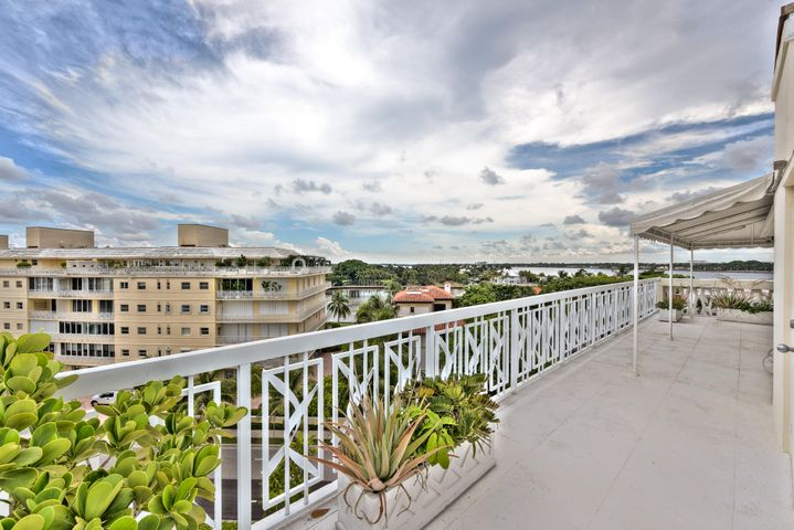 389 S Lake Drive, Phe, Palm Beach, FL 33480