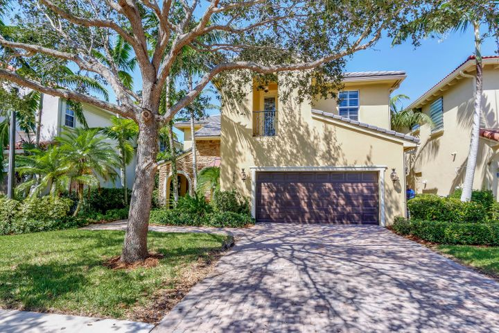 960 Mill Creek Drive, Palm Beach Gardens, FL 33410