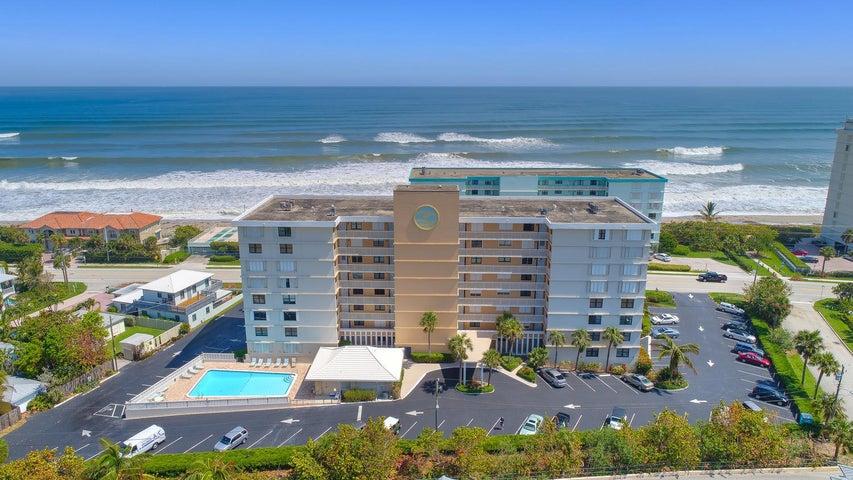 911 Ocean Drive, 301, Juno Beach, FL 33408