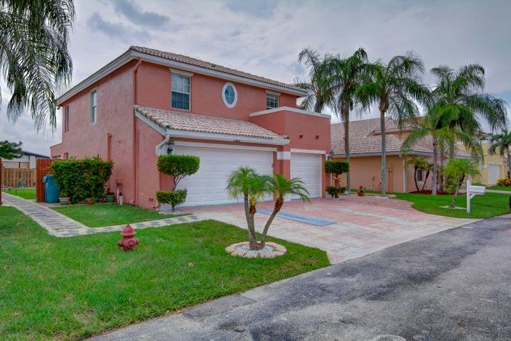 140 Citrus Park Circle, Boynton Beach, FL 33436