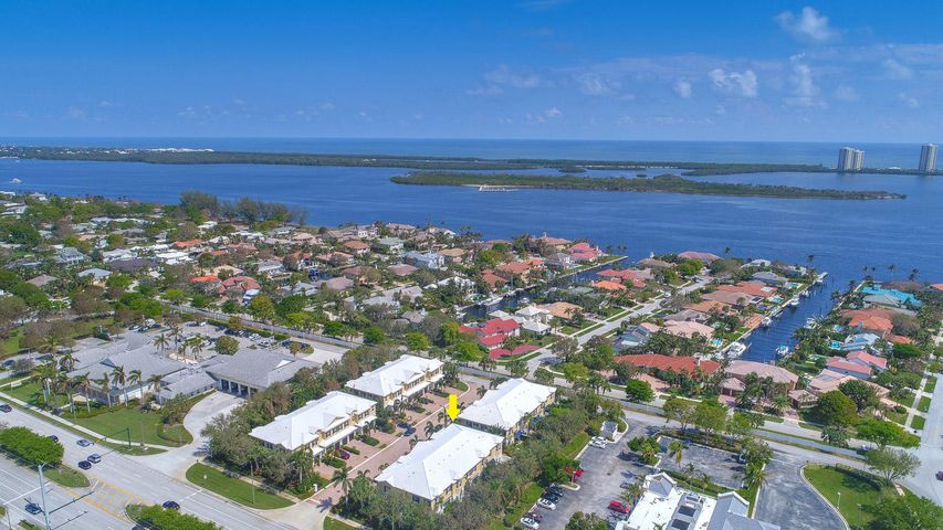Aerial looking towards MacArthur Beach State Park