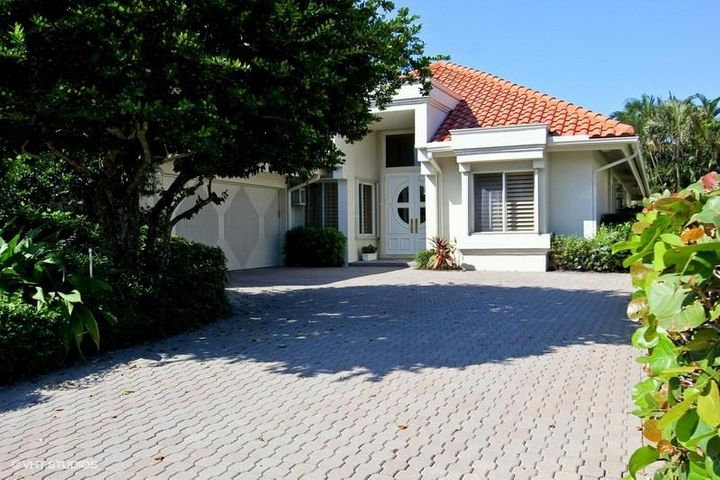 3615 Loire Lane, Palm Beach Gardens, FL 33410