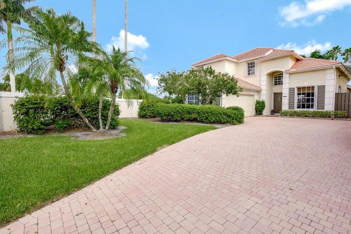 8416 Heritage Club Drive, West Palm Beach, FL 33412