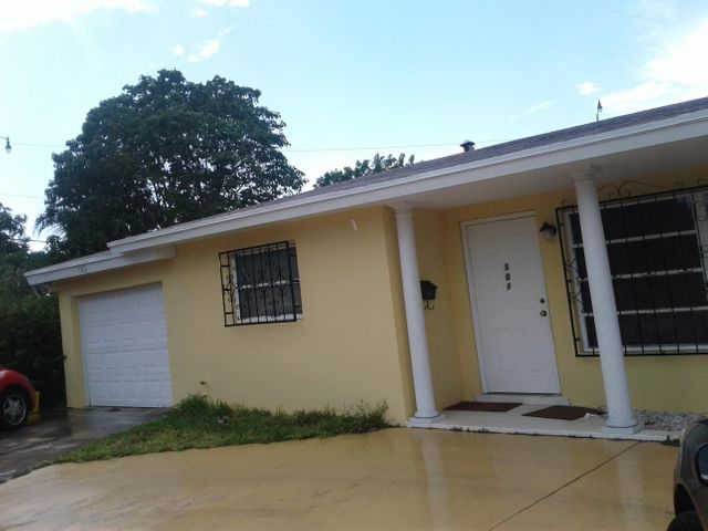 101 N Ware Drive, West Palm Beach, FL 33409