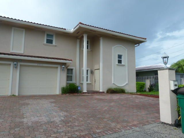2503 NE 36th Street, Lighthouse Point, FL 33064