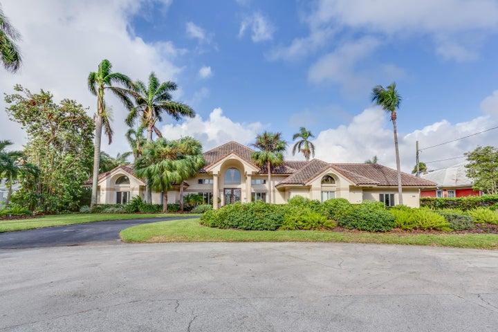 1830 Lake Drive, Delray Beach, FL 33444
