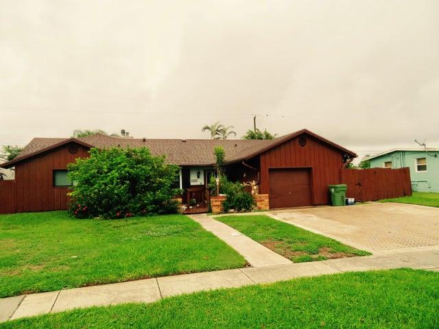 433 N Fontana Drive N, Palm Springs, FL 33461