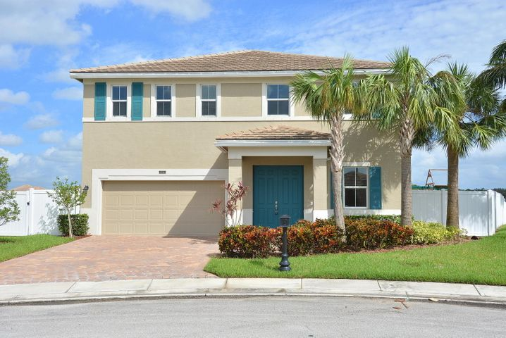 11314 SW Glengarry Court, Port Saint Lucie, FL 34987