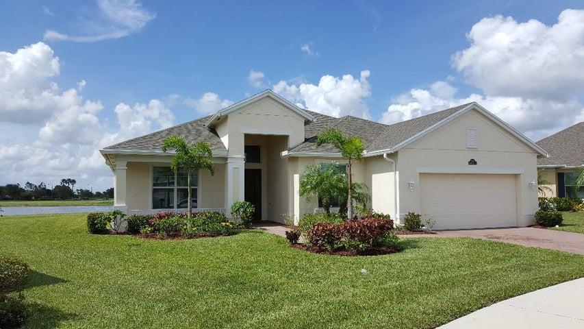 10331 SW Waterway Lane, Port Saint Lucie, FL 34987