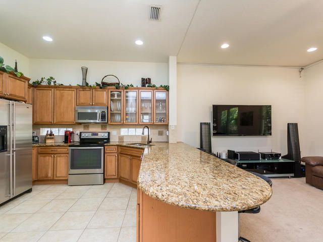 1069 Grove Park Circle, Boynton Beach, FL 33436