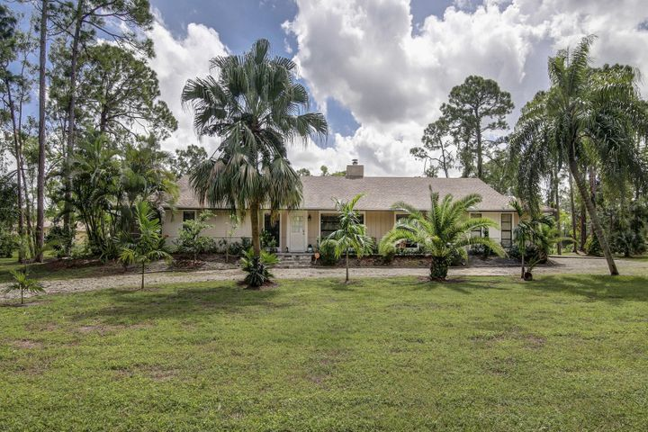4748 Avocado Boulevard, Royal Palm Beach, FL 33411