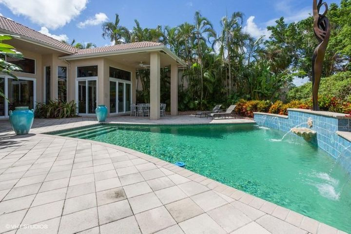 120 Vintage Isle Lane, Palm Beach Gardens, FL 33418