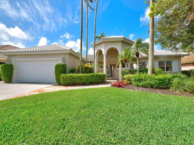 31 Saint James Drive, Palm Beach Gardens, FL 33418