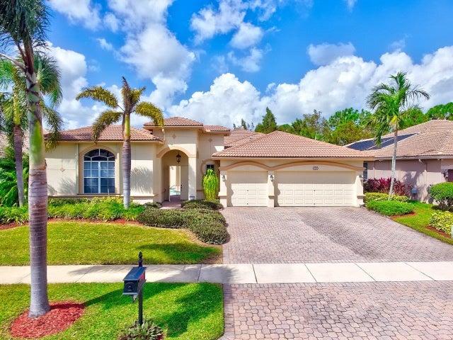 1851 Waldorf Drive, Royal Palm Beach, FL 33411
