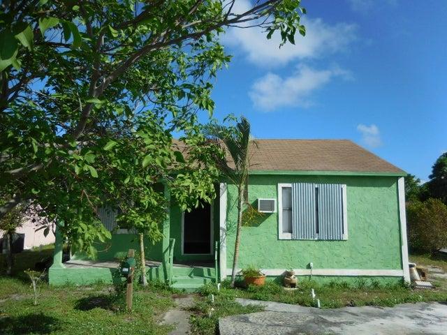 1027 Summit Boulevard, West Palm Beach, FL 33405