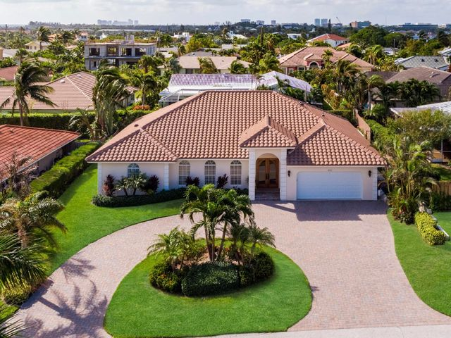 450 N Lyra Circle, Juno Beach, FL 33408