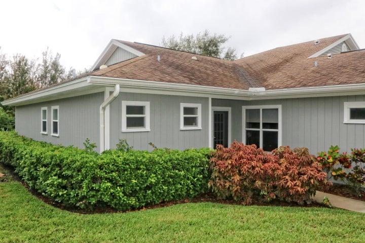 620 E Point Court SW, Vero Beach, FL 32962