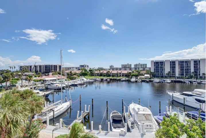 2707 N Ocean Boulevard, D405, Boca Raton, FL 33431