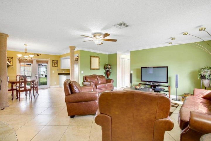 3327 Artesian Drive, Lake Worth, FL 33462