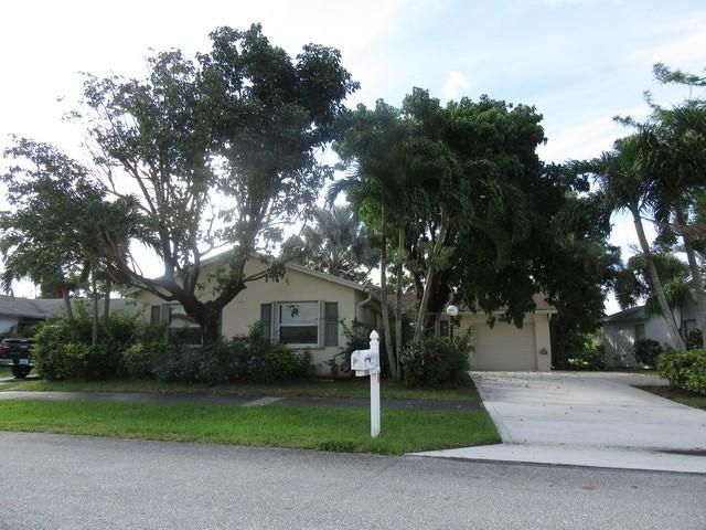 7444 Pine Park Dr S Drive S, Lake Worth, FL 33467