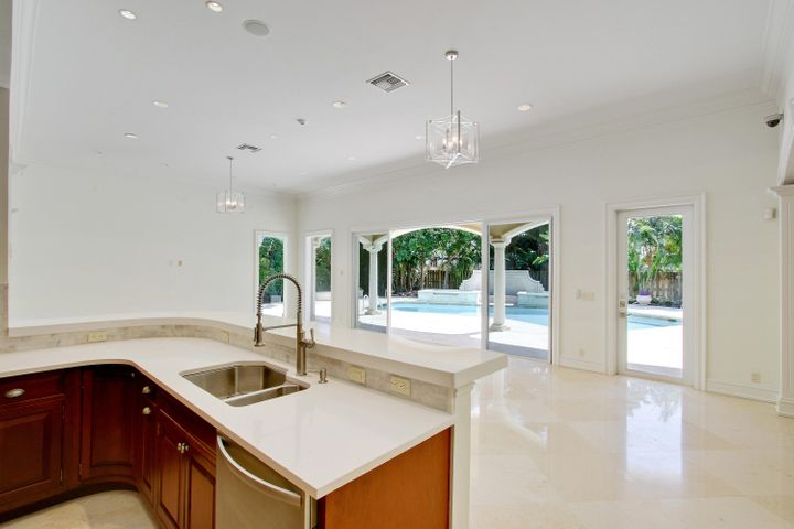 2498 Spanish River Road, Boca Raton, FL 33432