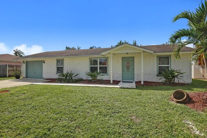 110 Segovia Avenue, Royal Palm Beach, FL 33411