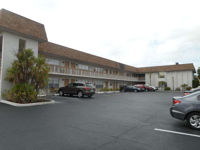 310 Lake Shore Drive, Lake Park, FL 33403